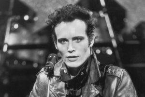 Смена стиля и новые альбомы 80-х годов(фото)