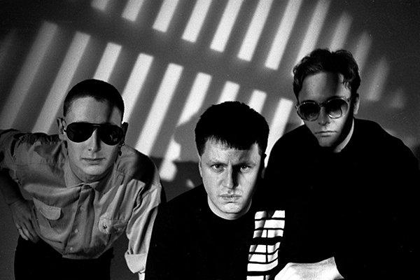 Растущая популярность электронной музыки и Front 242 (фото)
