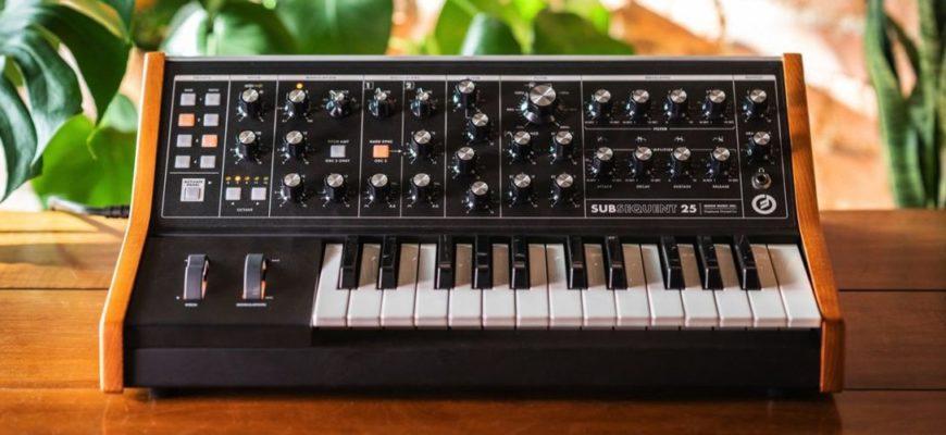 Синтезатор Moog - история легендарного музыкального инструмента