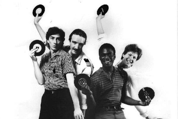 Гастроли и дальнейшие записи The Sinceros (фото)