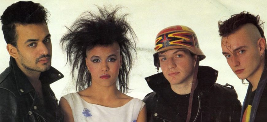 Биография Bow Wow Wow - популярный new-wave коллектив из 80-х