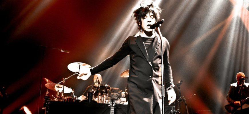 Биография Indochine - французская new wave и pop-rock коллектив 80-х