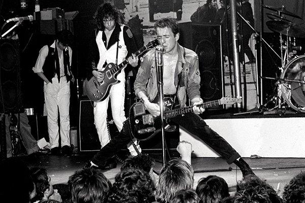 Первые записи и рост популярности The Clash (фото)