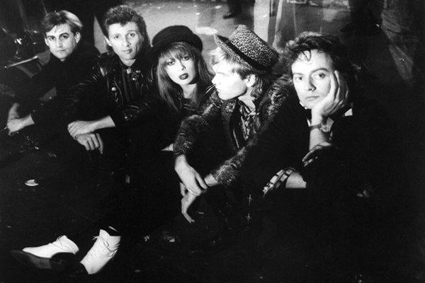 Смена участников, первый альбом и успешность Divinyls (фото)