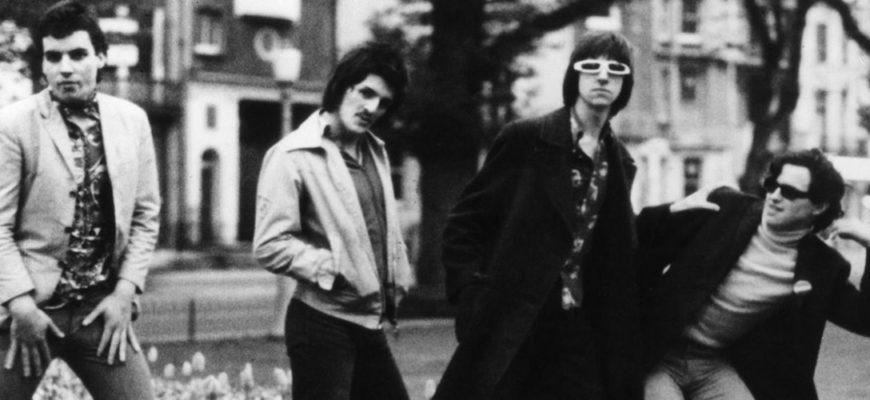 Биография Johnny Moped - английская панк-рок-группа золотой эпохи