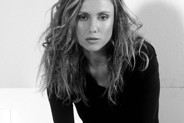 2000-е и очередные песни Тины Казинс (фото)