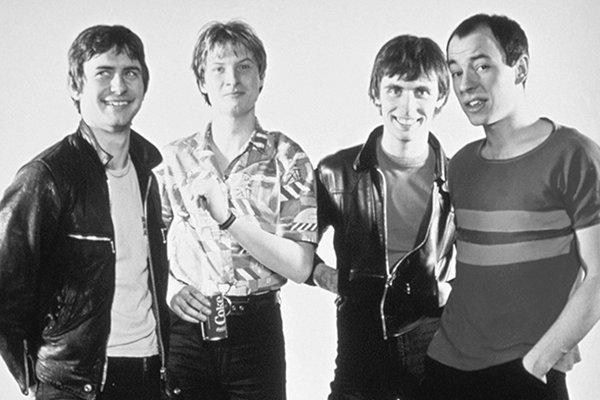 Группа в 2000-х - еще несколько публикаций и распад (фото)