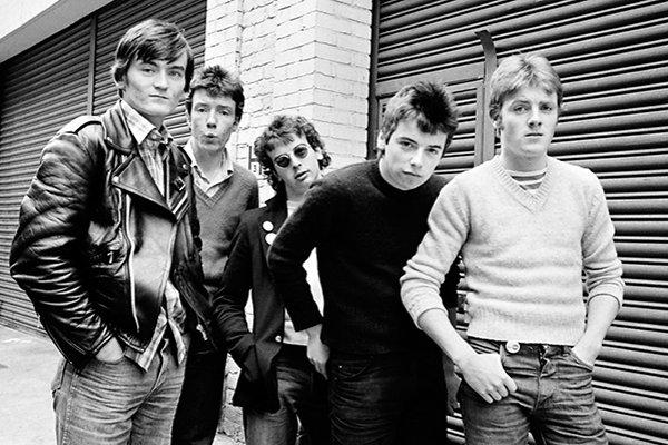 Первое издание и признание публикой The Undertones (фото)
