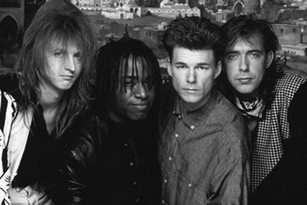 Творчество исполнителей в 90-х (фото)