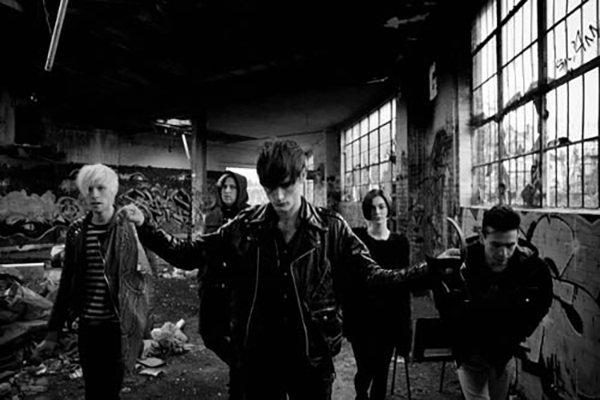 Выход второго альбома и распад группы (фото)