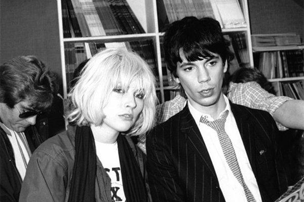 Любовь к музыке и начало карьеры в Blondie (фото)