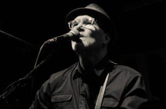 Биография Маршалла Говарда Креншоу (Marshall Crenshaw) - поэт и певец из Америки
