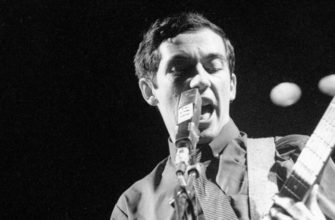 Биография Пити Шелли (Pete Shelley) - английский певец и гитарист