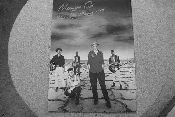 Midnight Oil и 90-е - деятельность артистов