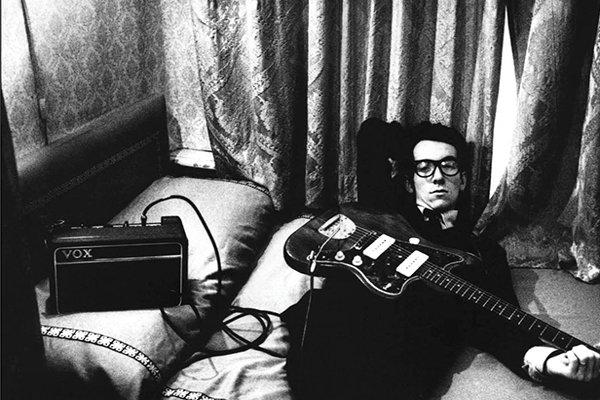 Рост популярности и достижения Элвиса Костелло (Elvis Costello) в США