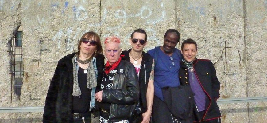 Биография Spizzenergi - панк-рок коллектив Кеннета Спирса (Kenneth Spiers)
