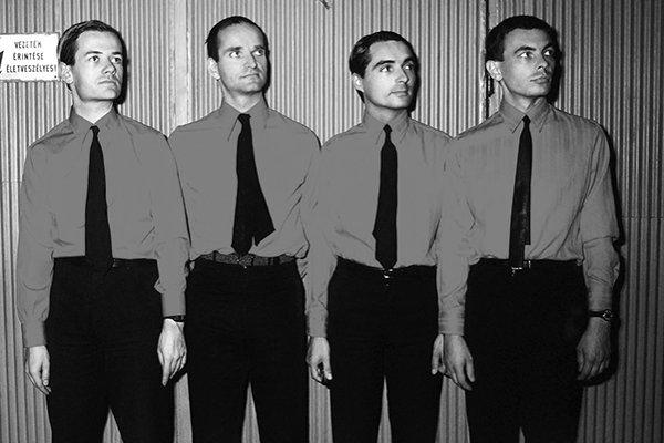 Формирование и первые достижения Kraftwerk